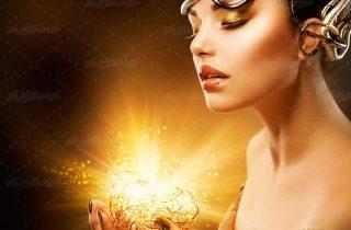 تصویر استوک بانوی طلایی ،تصویر استوک بانوی طلایی ،تصویر با کیفیت زن طلایی با برگ بر سر ، تصویر آرایشگاه زنانه بانو طلایی ،پوستر برای آرایشگاه زنانه،تصویر استوک بانوی طلایی