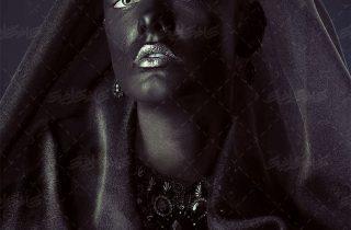 پوستر دیواری با کیفیت بانوی سیاه ،تصویر استوک زن سیاه با گردنبند الماس